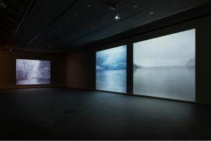「みえるもののむこう」展  三嶽伊紗アーティストトーク