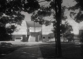 鎌倉館 竣工直前の1951年10月頃に撮影